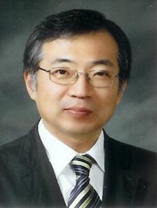 양윤 교수 사진